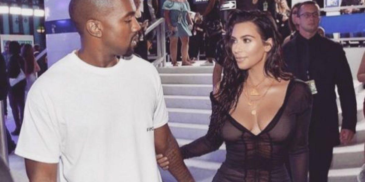 La foto navideña con la que Kanye West busca disipar los rumores de divorcio