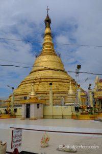 botahtaung-pagoda-latitud-perfecta. Imagen Por: