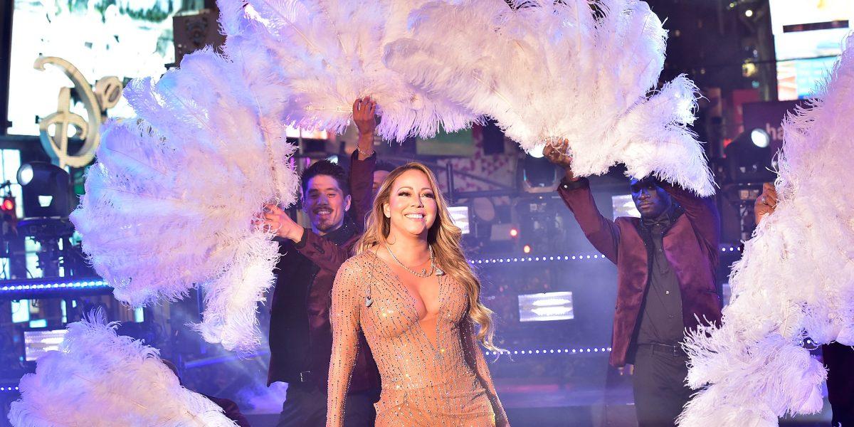 Mariah Carey, motivo de burlas por su presentación en despedida de año