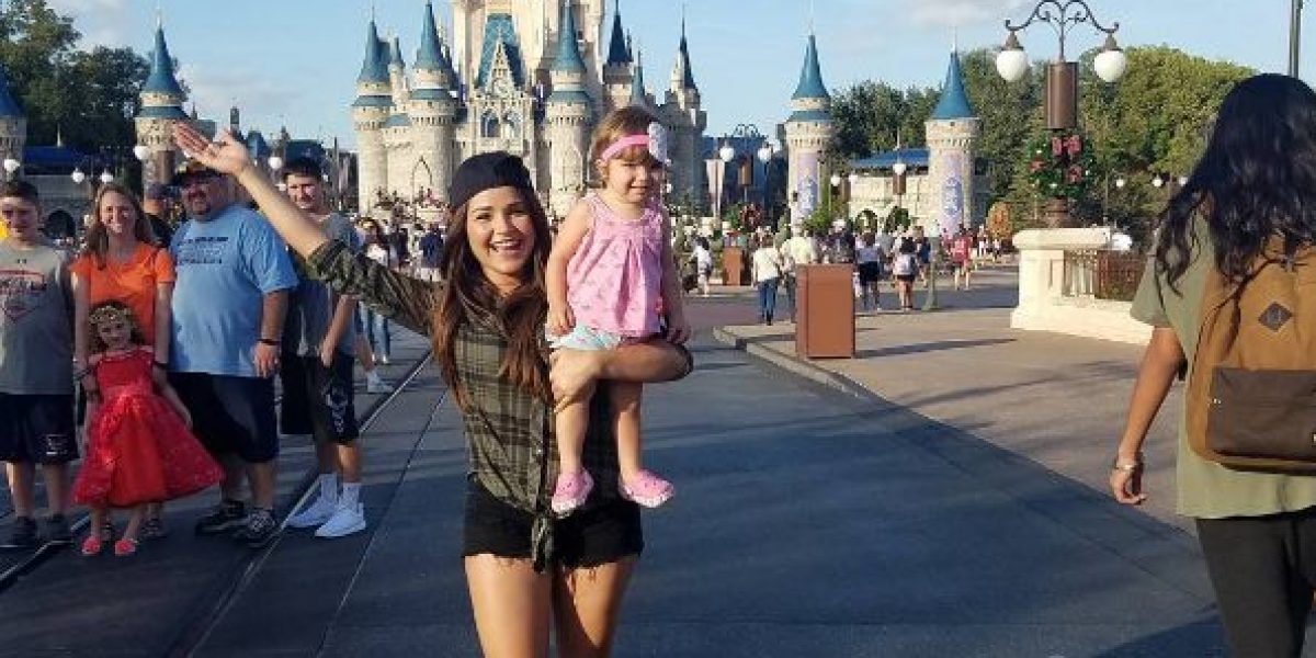 Fotos: Gredmarie inicia el año en Disney con su hija