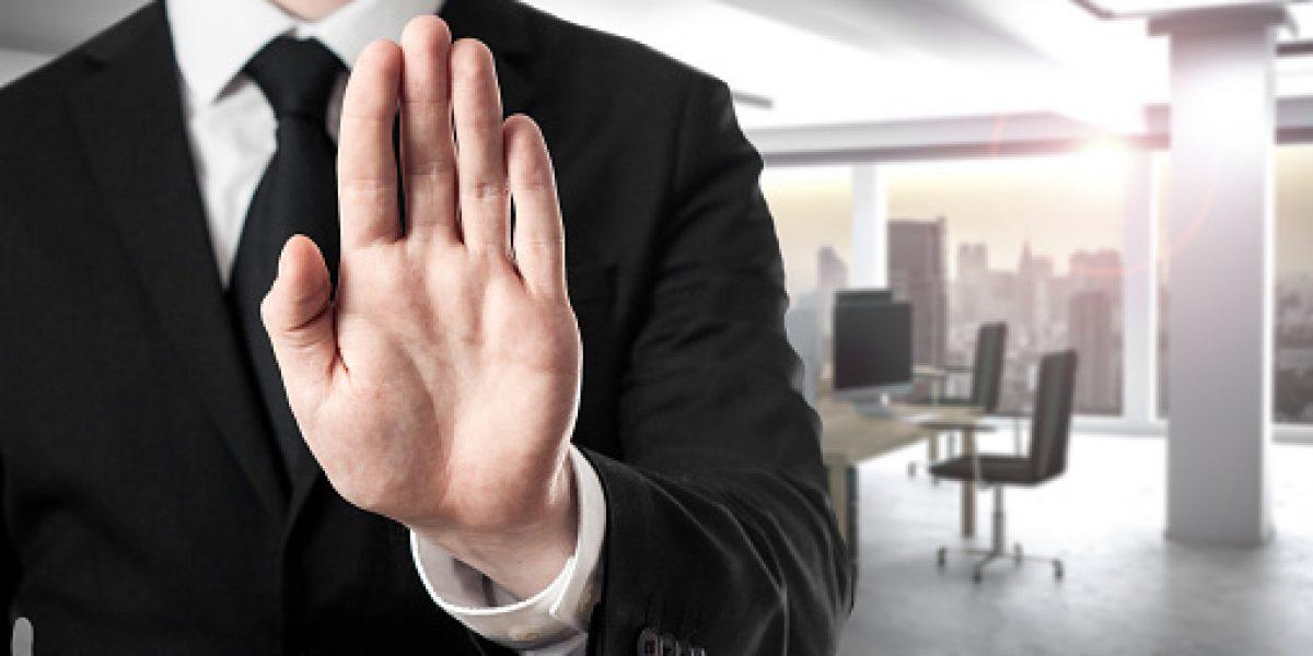 Secretario de Asuntos Públicos asegura que no habrá despidos de empleados públicos
