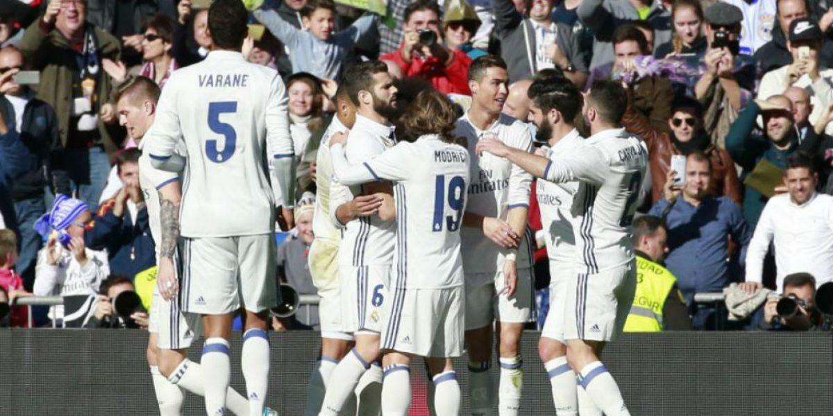 Madrid golea al Granada e iguala récord invicto