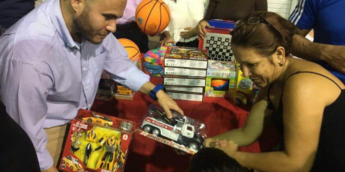 Alcalde de Yauco entrega alegría a barrios y residenciales
