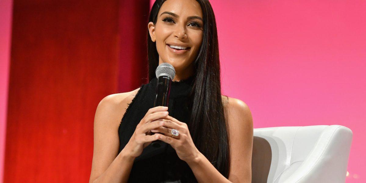 Liberan chófer de Kim Kardashian por caso de robo de joyas