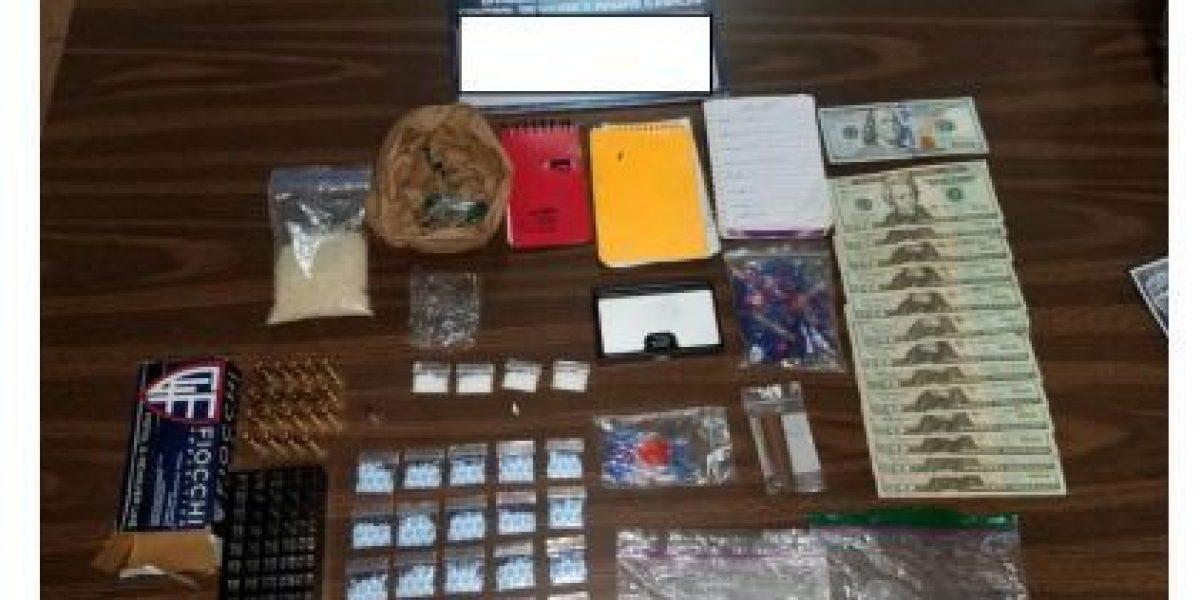 Arrestan dos mujeres por drogas en Fajardo