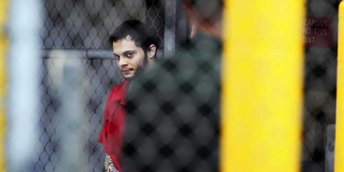 Esteban Santiago: ¿víctima o victimario?