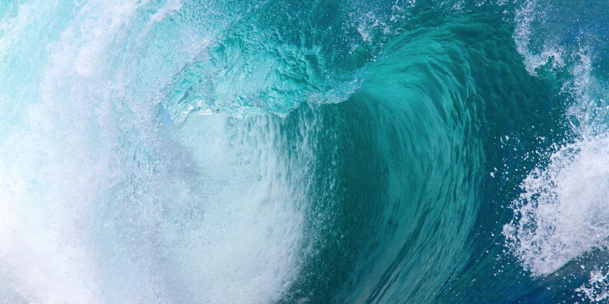 Atento AEMEAD a fuertes marejadas reportadas en la isla