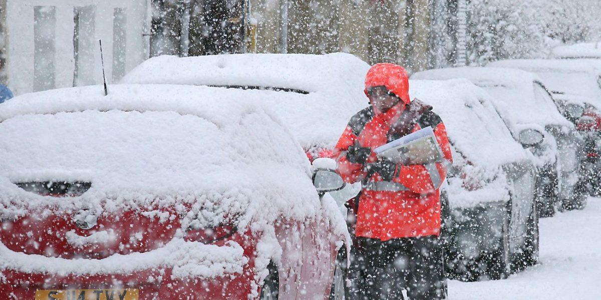 Cancelan vuelos en aeropuerto de Gran Bretaña ante pronósticos de nevadas