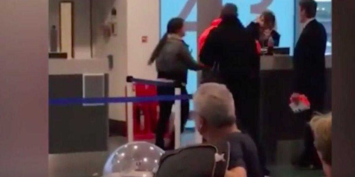 Brutal agresión de pasajera a empleada en aeropuerto