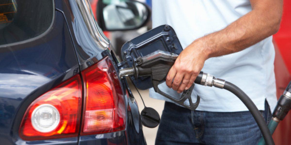 Precio de la gasolina continuará en aumento