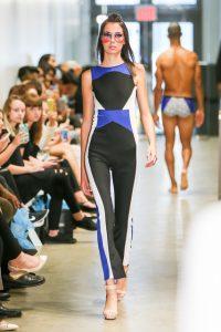 Piezas de la colección primavera-verano 2017, del diseñador Naldo Montañez, durante la Semana de la Moda en Nueva York en septiembre de 2016. / Fotos: Kevin Mock