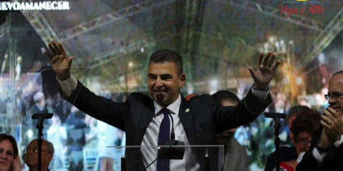 Vega Alta vivió fiesta de pueblo con juramentación de nuevo alcalde
