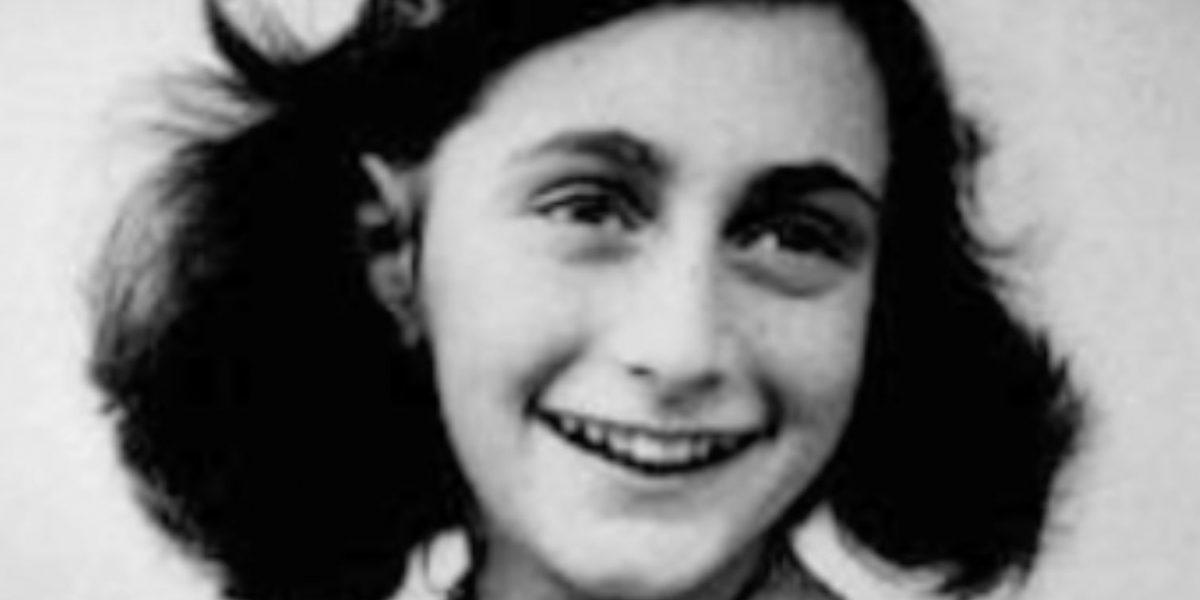 Hallan colgante que al parecer perteneció a Anne Frank