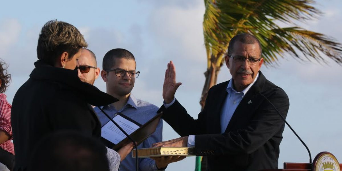 Juramenta Betito Márquez como alcalde de Toa Baja