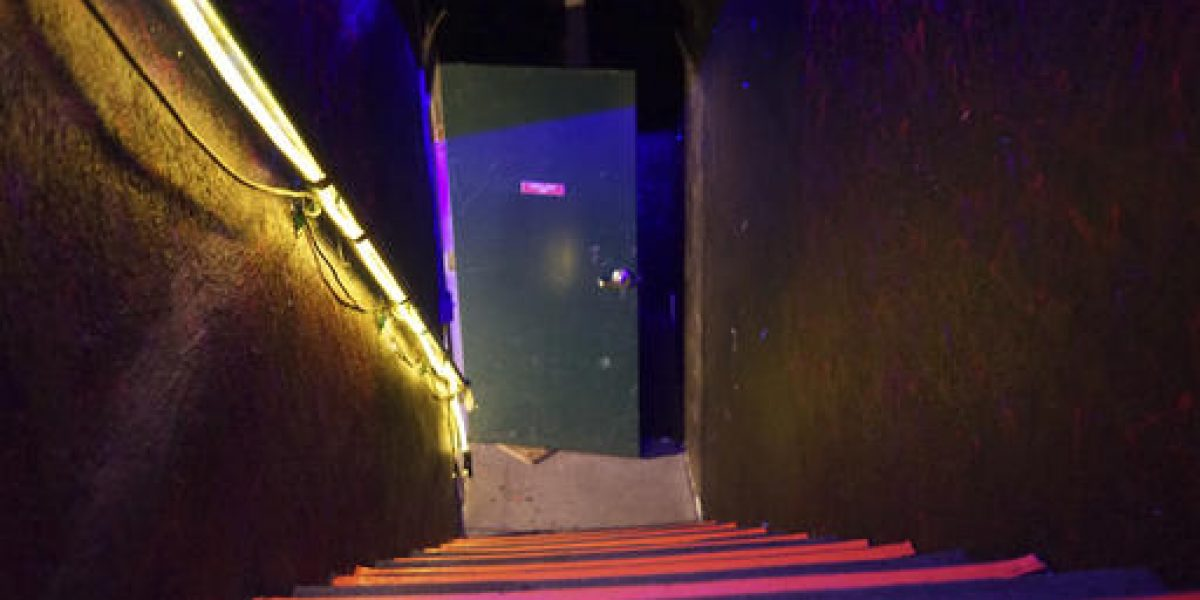 Tiroteo en discoteca deja 5 muertos