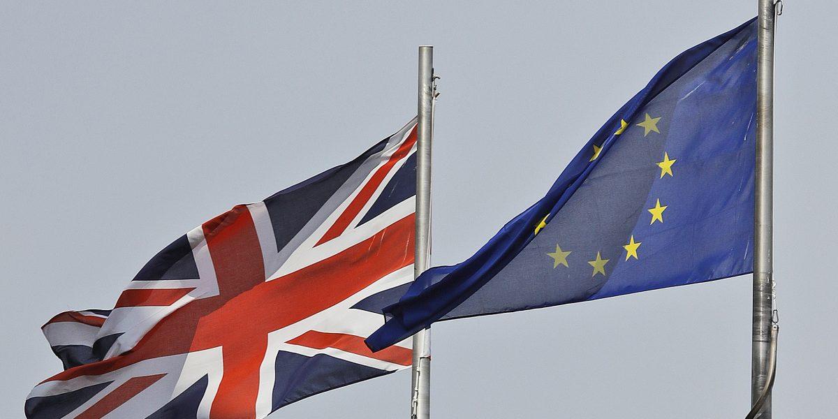 La primera ministra Theresa May da detalles del Brexit