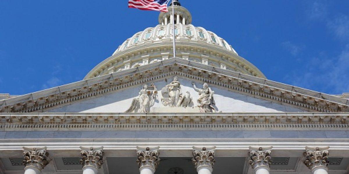 Secretario del Tesoro envía carta a congresistas sobre Puerto Rico