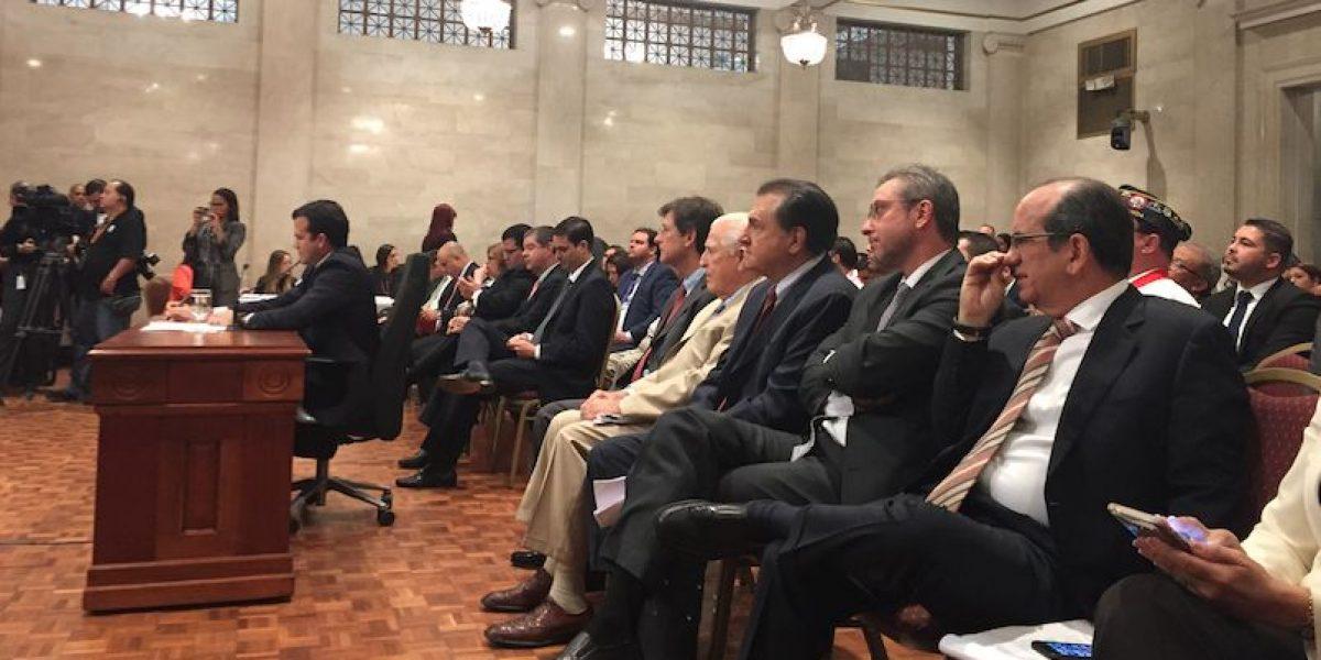 Senado y Cámara discuten proyecto plebiscito de estatus