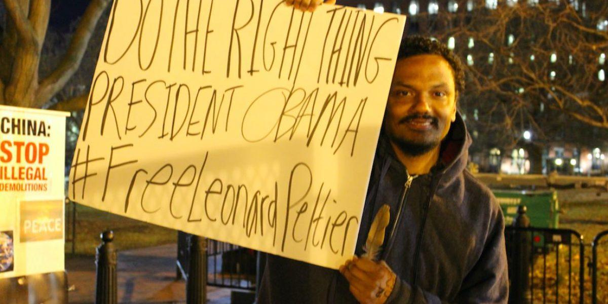 Protestante compara caso Oscar López con activista indígena en prisión