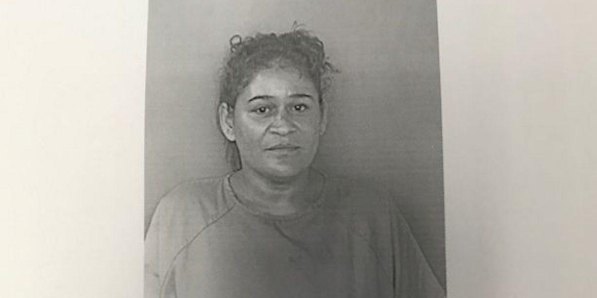 Presentan cargos contra mujer por tentativa de asesinato