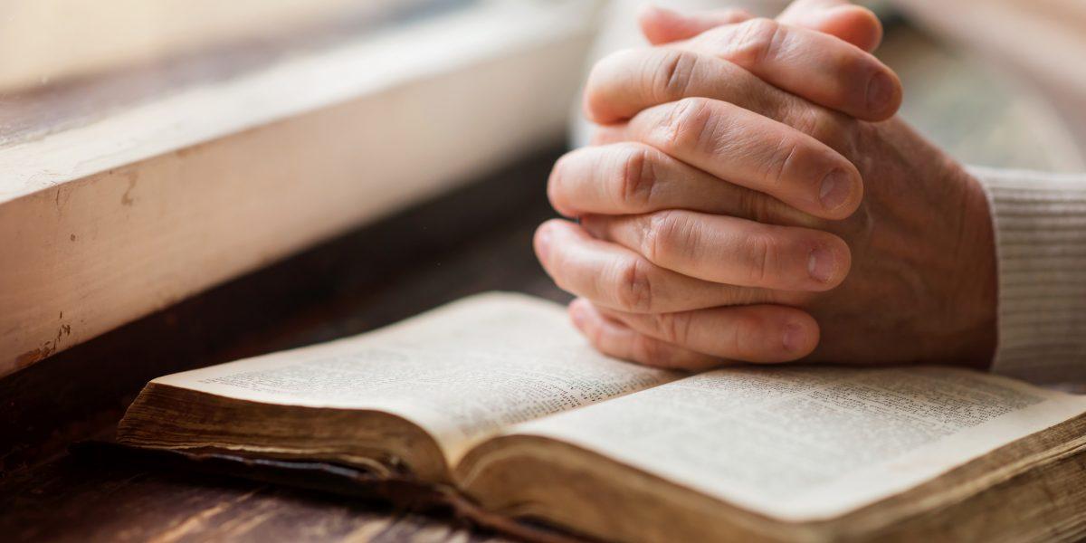 Senado aprueba mantener días de tradición cristiana