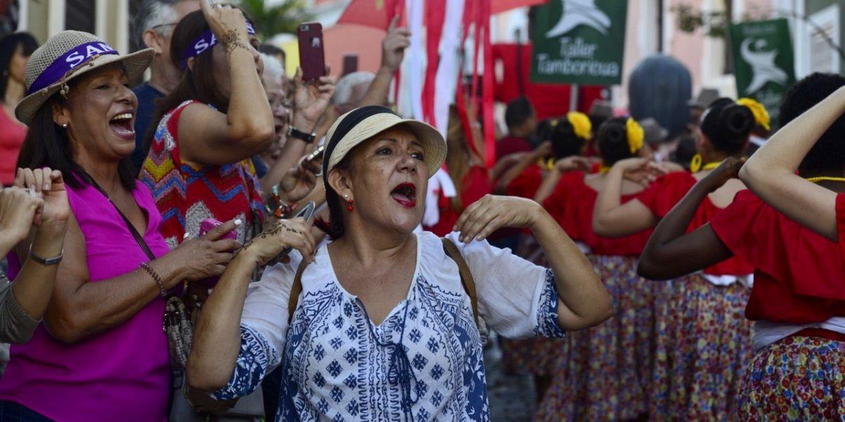 Algarabía al inicio de las Fiestas de la Sanse