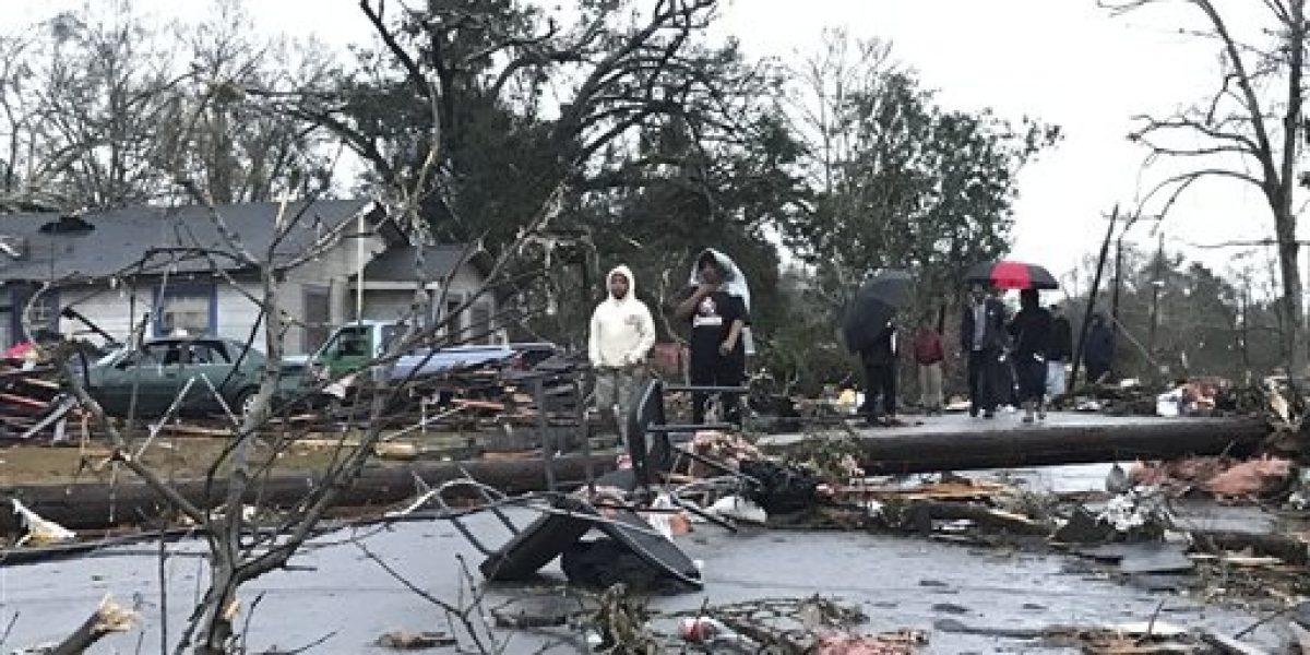 Mueren 4 personas por un tornado en Mississippi