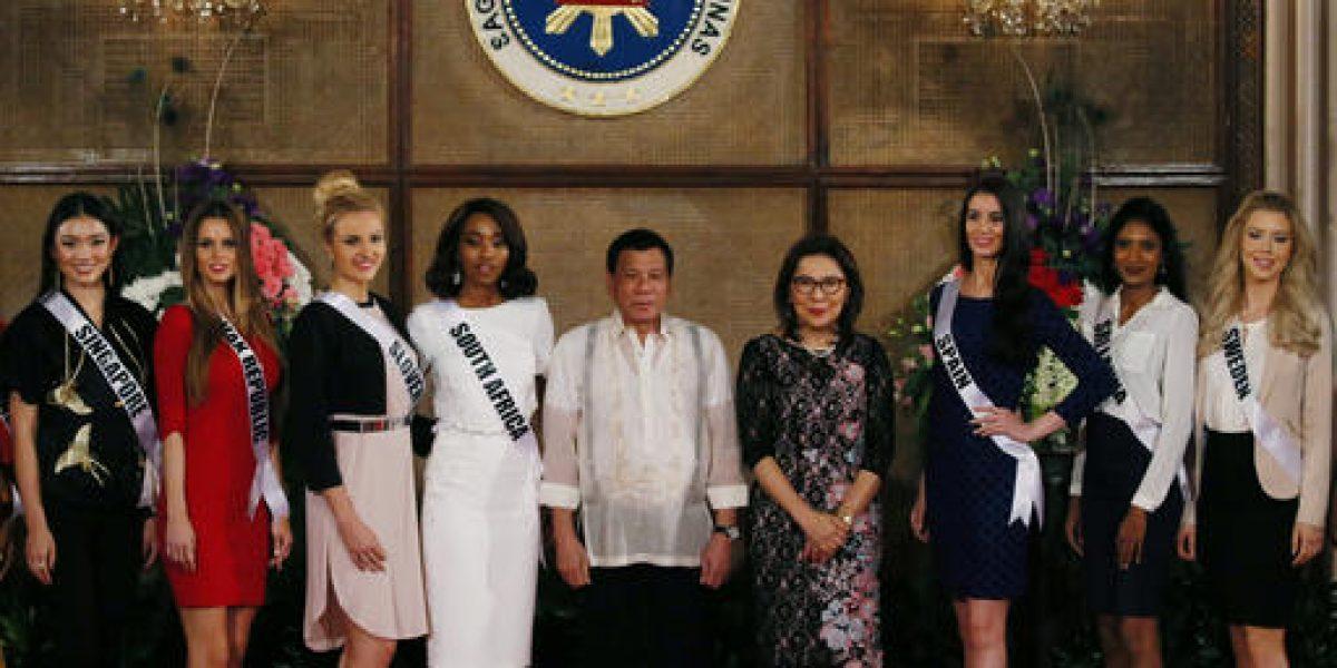 Presidente filipino mide sus palabras ante candidatas de Miss Universo 2016