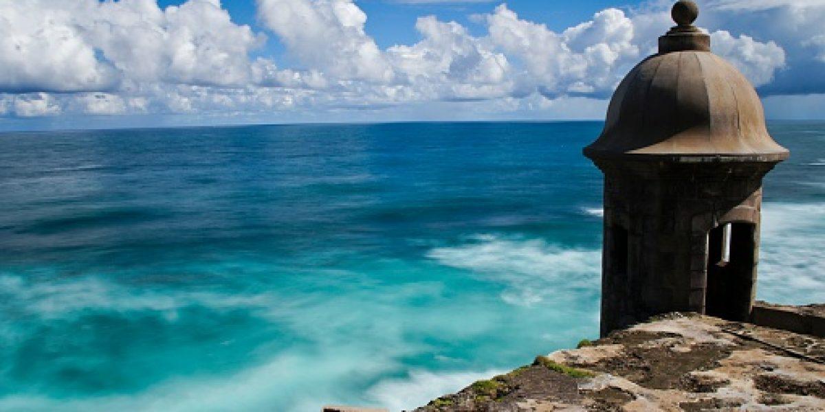 Director de Turismo presenta a la isla como destino en feria internacional