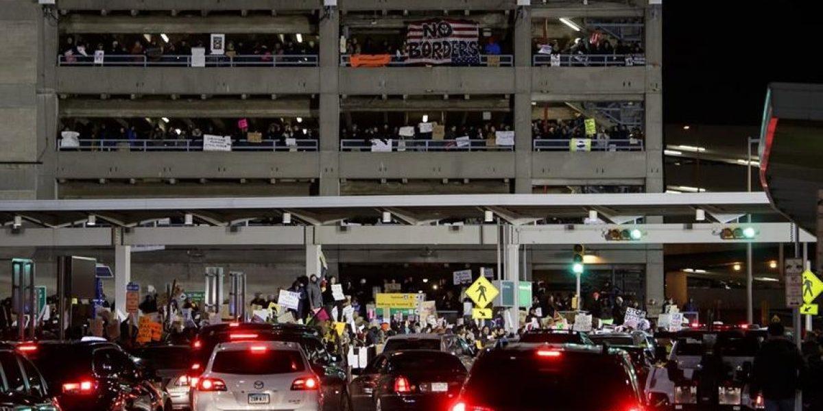 Protesta contra Trump en el JFK