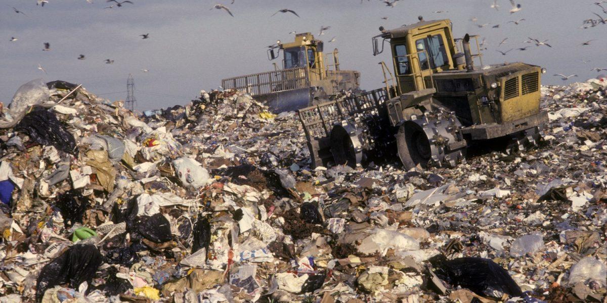 Señalan contradicciones en el impuesto basura de Arecibo
