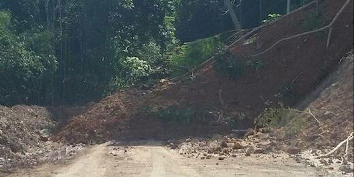 Denuncian colapso parcial de PR-466 en San Sebastián lleva casi tres años
