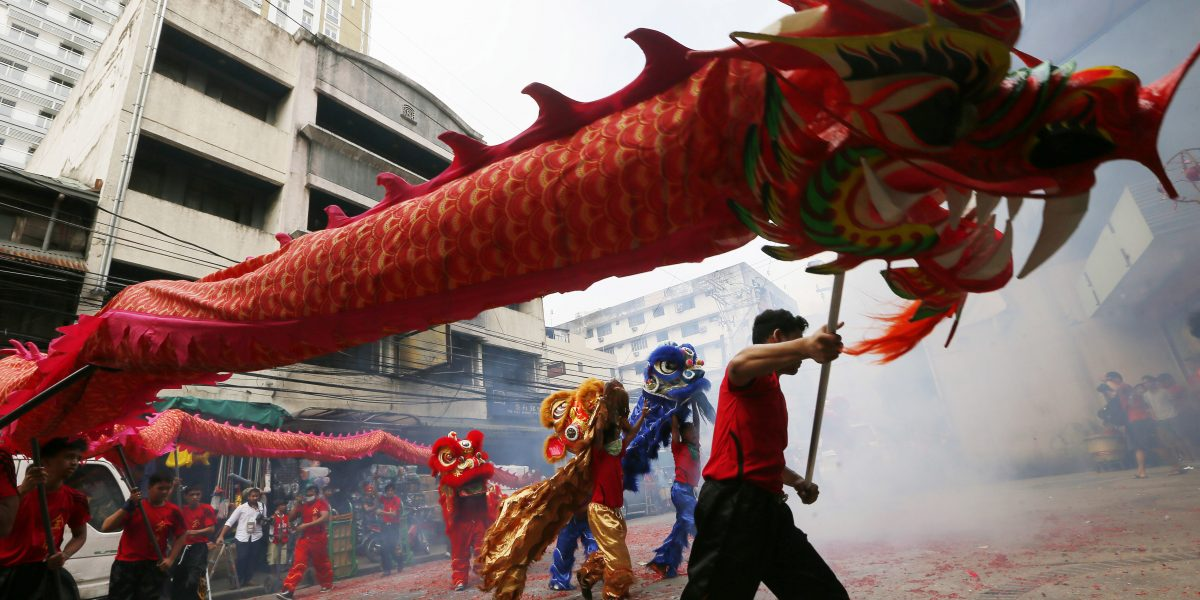 Chinos celebran Año Nuevo Lunar