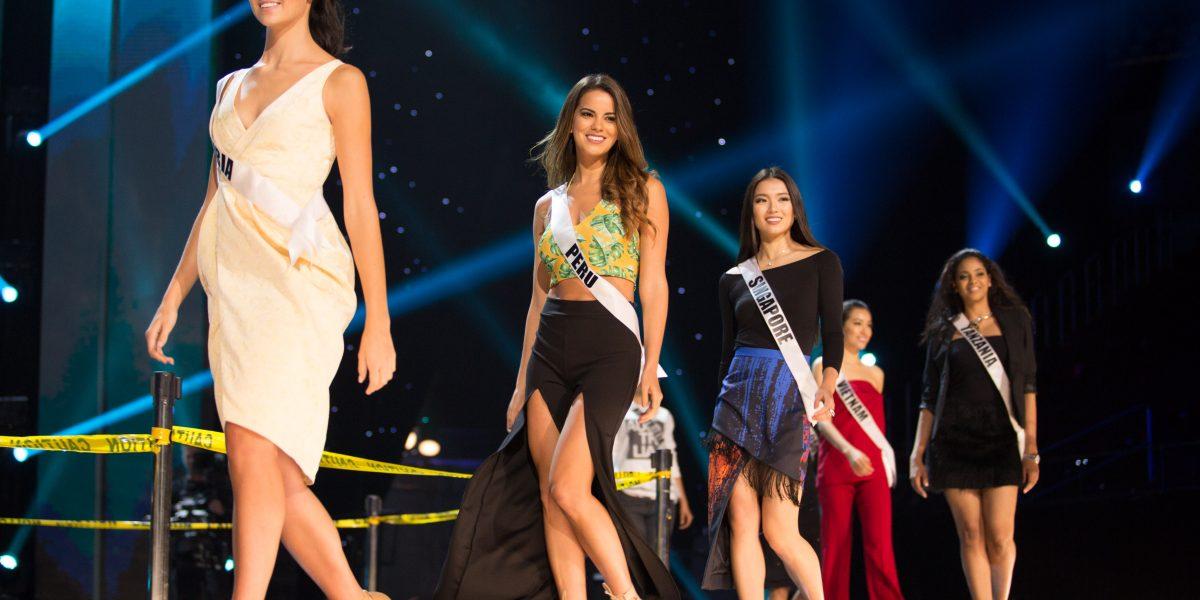 Ensayan las candidatas a Miss Universo