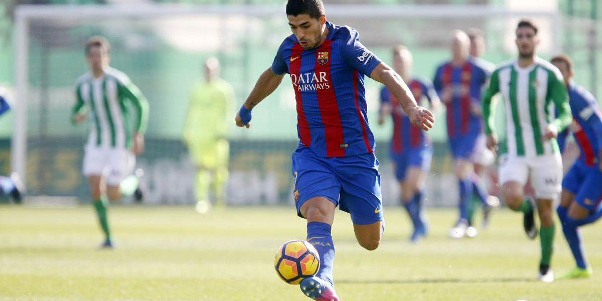 Suárez rescata un punto agónico para el Barcelona