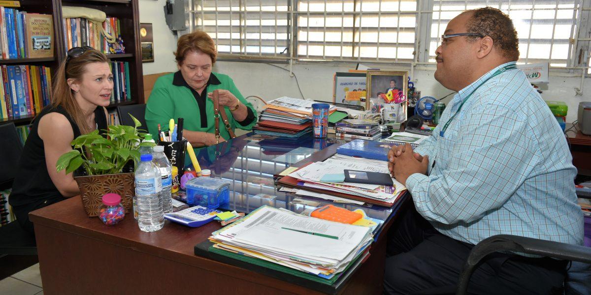 Se compromete el DE a continuar ayuda a afectados por balacera