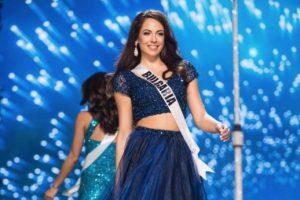 Miss Bulgaria regala vestido que usó en Miss Universo 2016