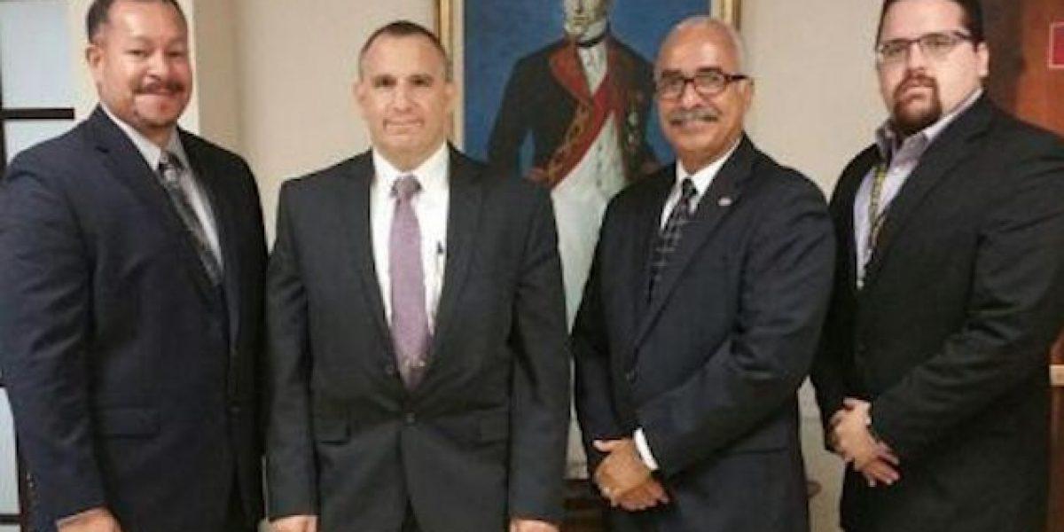 Secretario de Hacienda se reúne con director del FBI