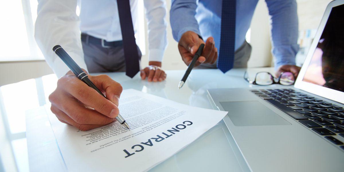 Señalan deficiencias en contratación en Municipio de Hormigueros