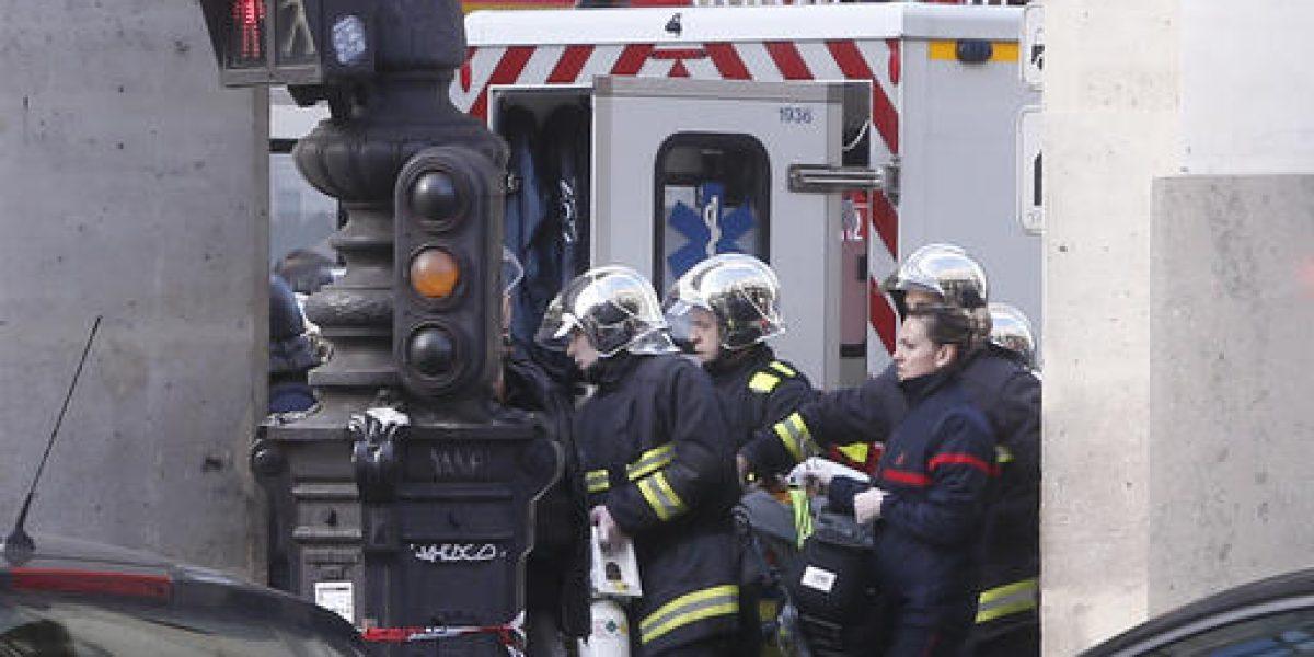 Herido a disparos hombre que atacó soldados cerca del Louvre