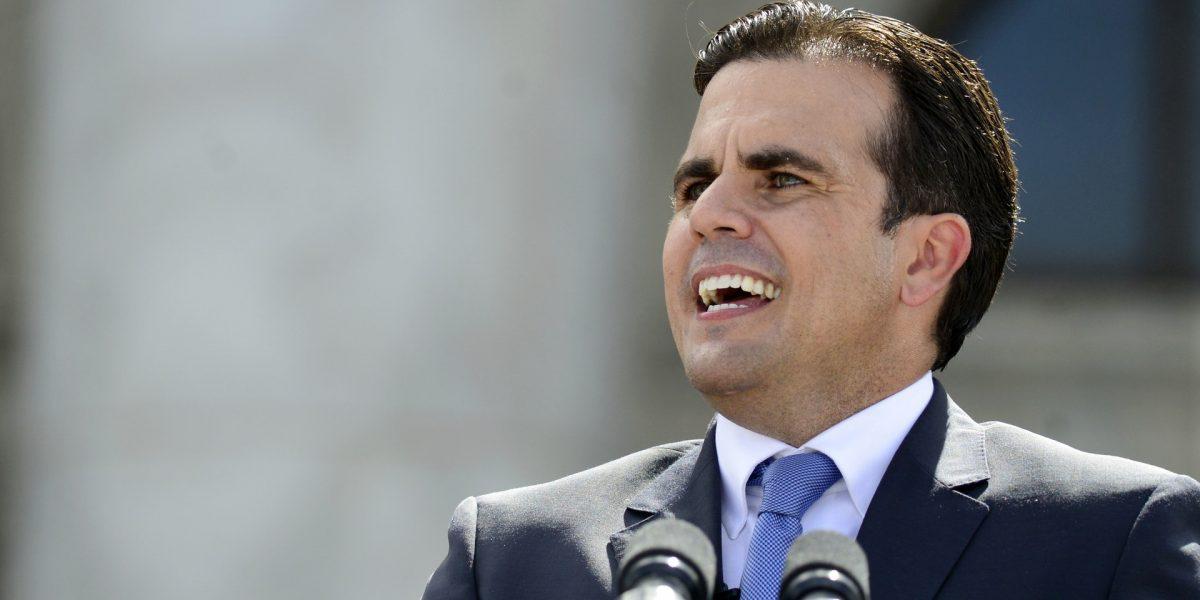 Gobernador presenta reforma de permisos que incluye integración de procesos