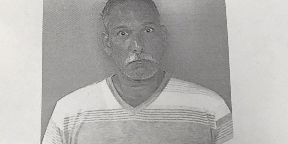 Presentan cargos contra hombre por incendiar casa de su hermano