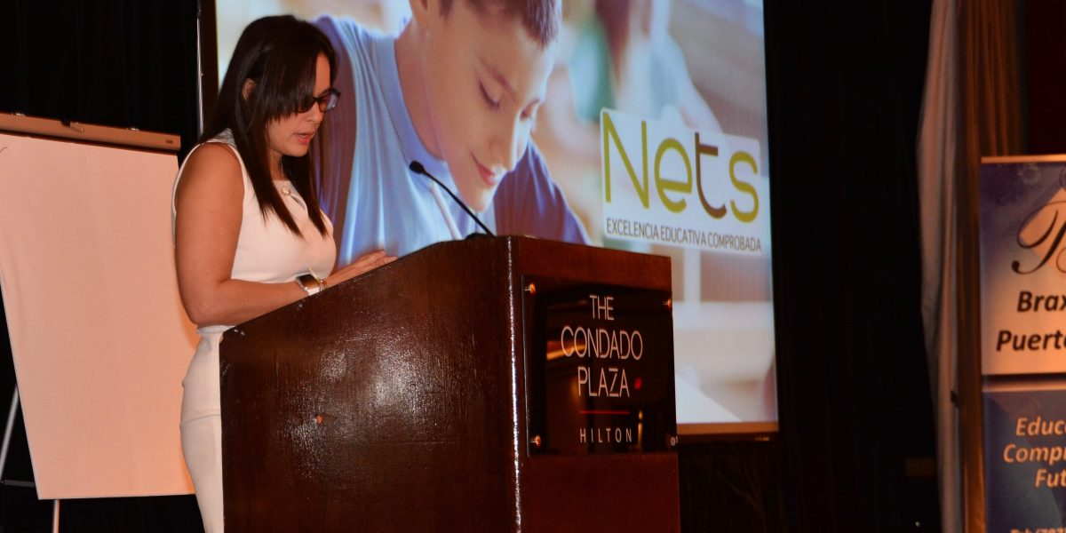 Educación federal orienta a directores y oficiales de la isla