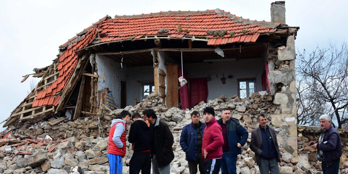 Dos terremotos de 5,3 grados sacuden Turquía