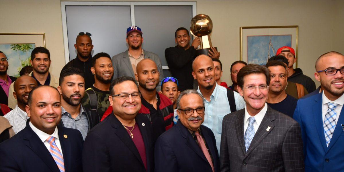 Regresan triunfadores los Criollos a Puerto Rico