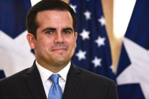 Gobernador vuelve a justificar contrato de Keleher