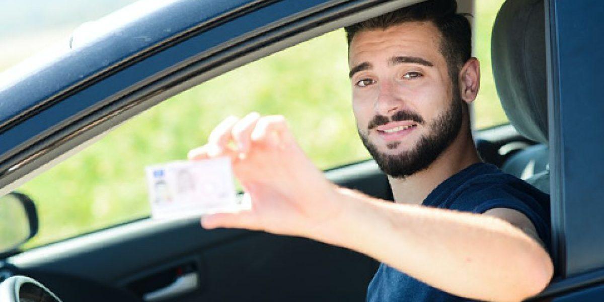 Nueva York sopesa licencias de conducir para inmigrantes