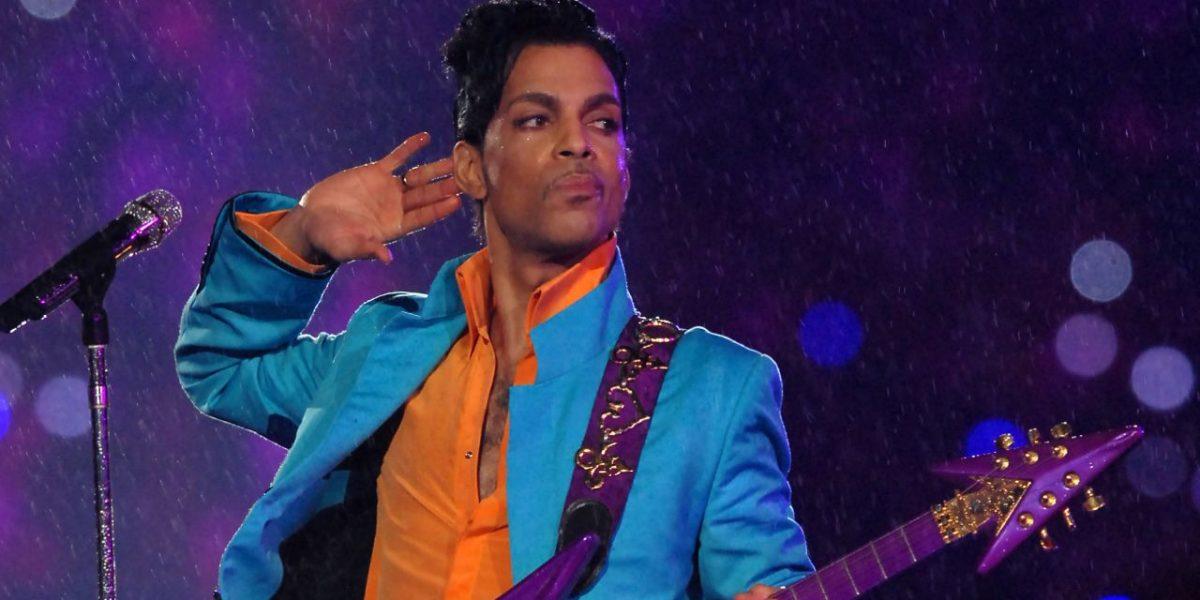 Discografía de Prince volverá a los servicios de