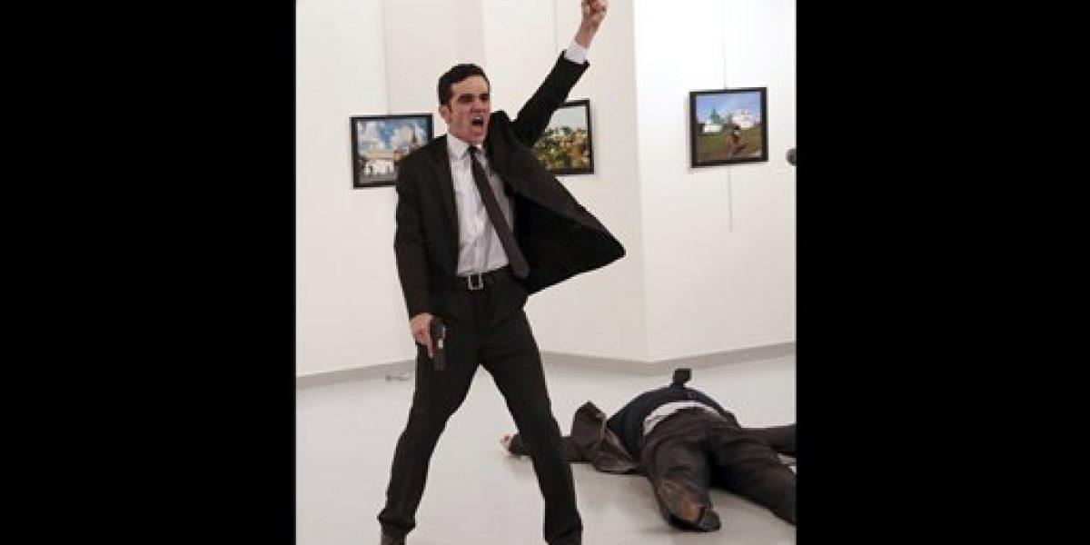 Imagen de AP de asesinato en Turquía gana World Press Photo