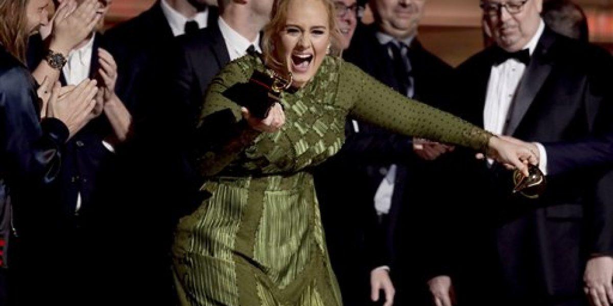 Adele arrasa en los Grammy 2017